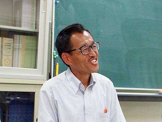 国語科/吉岡 和真先生