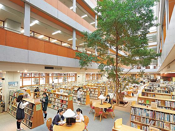 恵泉女学園中学校 メディアセンター