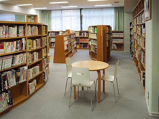多摩大学附属聖ヶ丘中学校 図書館