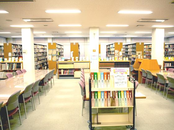 光塩女子学院中高等科/図書室