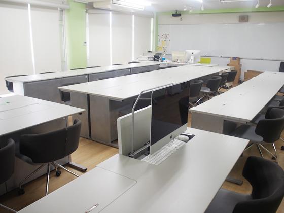昭和学院秀英中学校 教室