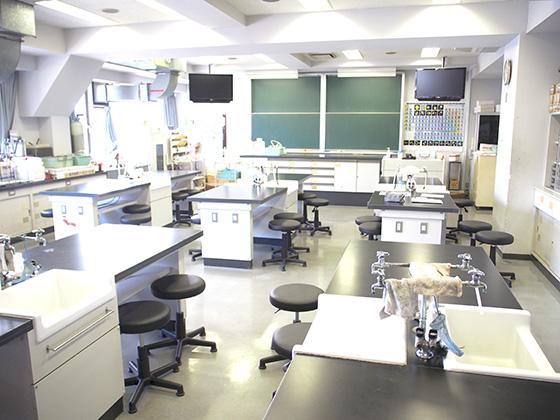 渋谷教育学園渋谷中学校/理科実験室