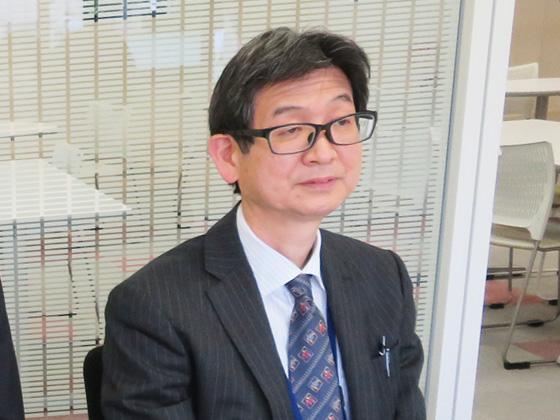 教頭・入試広報部長/鎗田 謙一先生