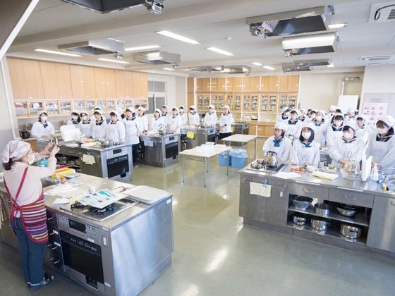 東京女学館中学校 授業風景