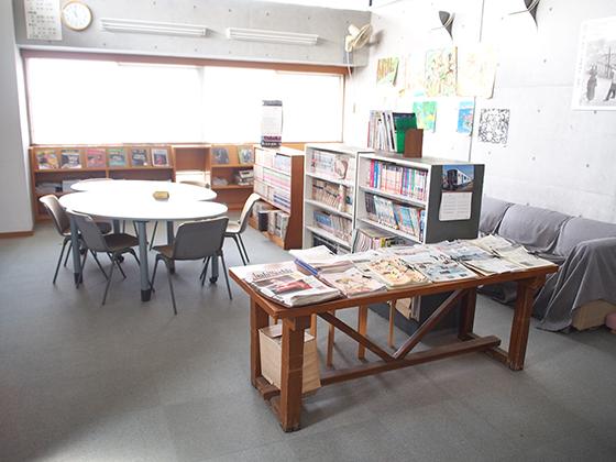 栄光学園中学校 図書館