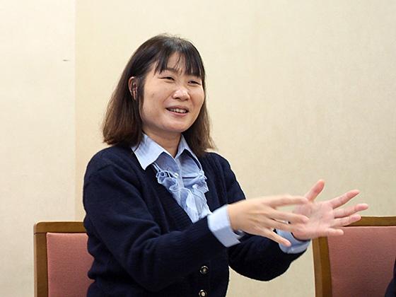 社会科/高田 知美 先生