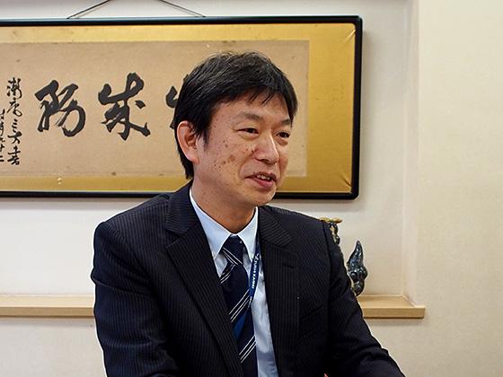 社会科主任/小和田 亜土 先生